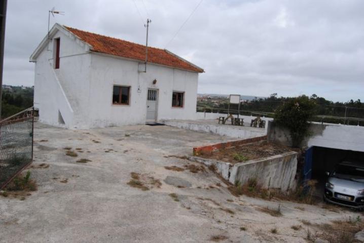 Classificados - Moradia c  anexos e 5.550 m2 de terreno cc2274c776